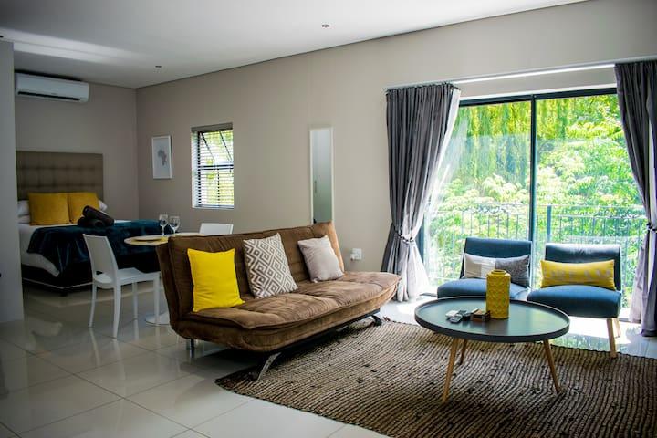 Modern Studio Apartment 10 in Rustic Surroundings