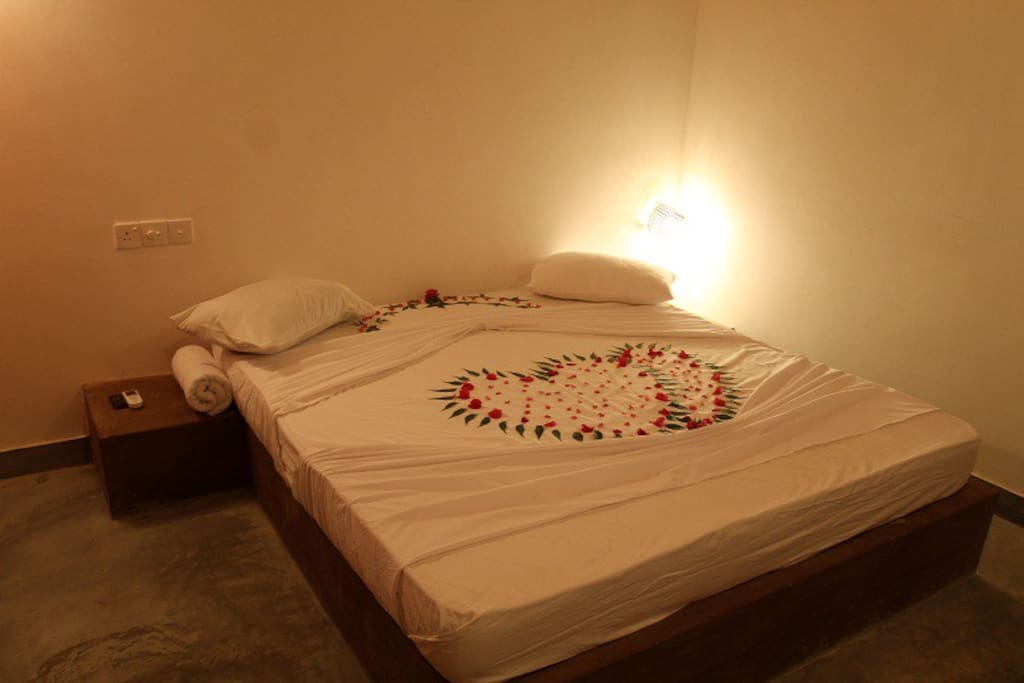 Airconditioned bedroom of Lakeview cabana