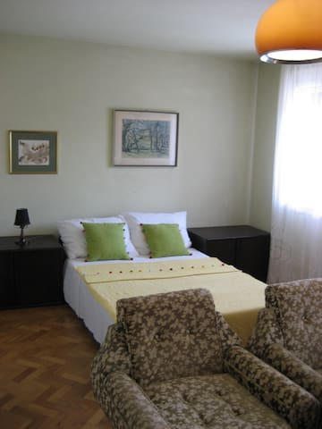 Peaceful private room in Pula - Pula - Apartmen