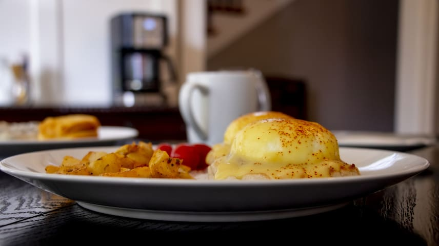 Eggs Benedict, anyone?