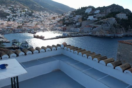 Amazing view house in Hydra-Greece