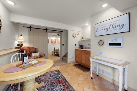 The Hidden Gem - Private basement suite