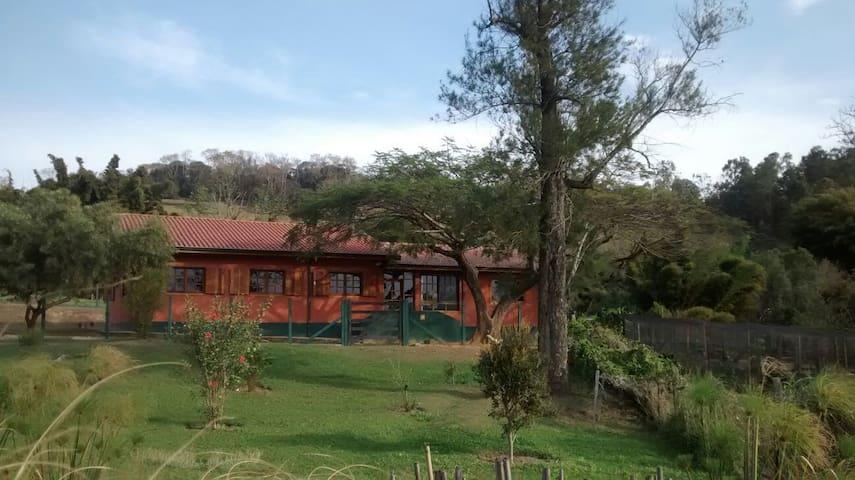 CASA DE CAMPO EM PARAISÓPOLIS MG - Paraisópolis - Blockhütte