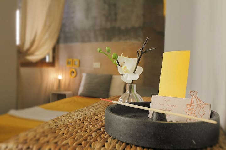 The Place for  Travelers - Yellow Room - Florència - Pis
