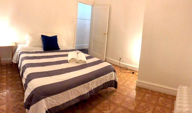 Basic Apartment with Kitchen, TV & Wifi | Sleeps 8