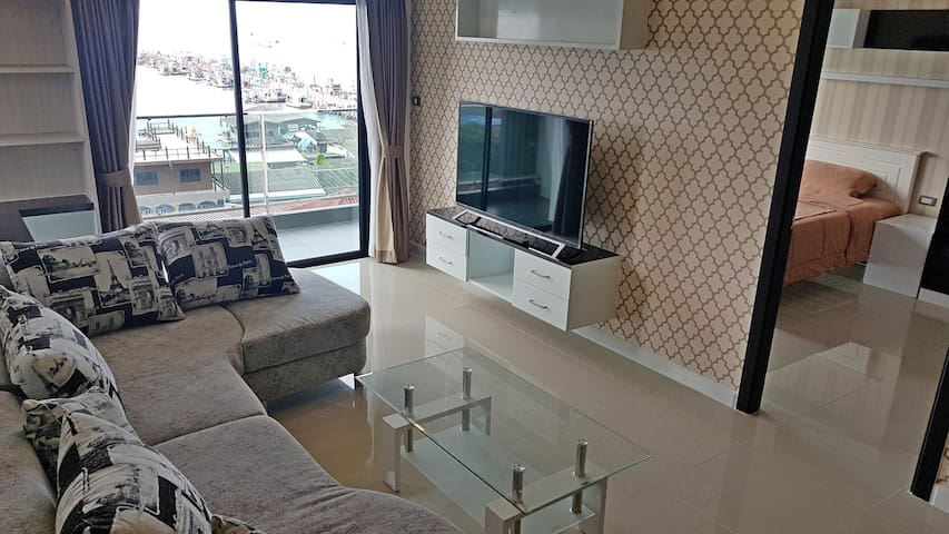 The most central, sea side apartment in Bangsaray