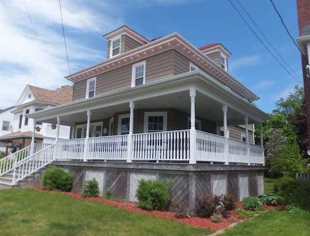 Small town charm with classic ambiance - North Sydney - Maison