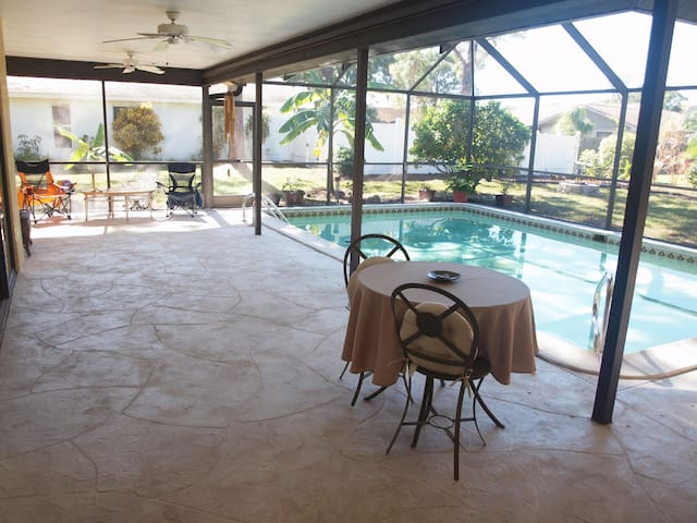 Pool Home - North Fort Myers, FL - North Fort Myers