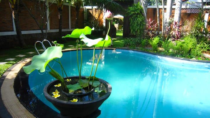 Metina's Mawar Tropical Villa