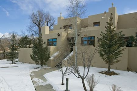 Taos, NM Resort 2 Bdrm Condominium - Taos