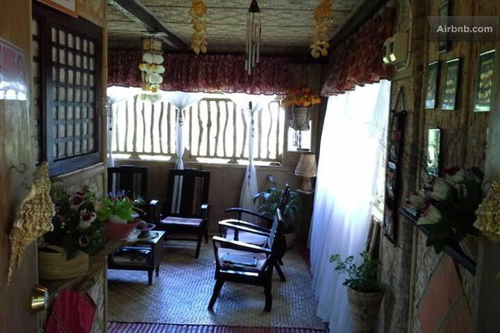 Homestay at James's House 2 - Maribojoc - Bed & Breakfast