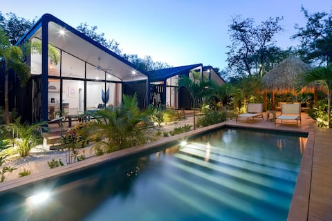 3# Favela Chic Boutique Bungalow with pool view