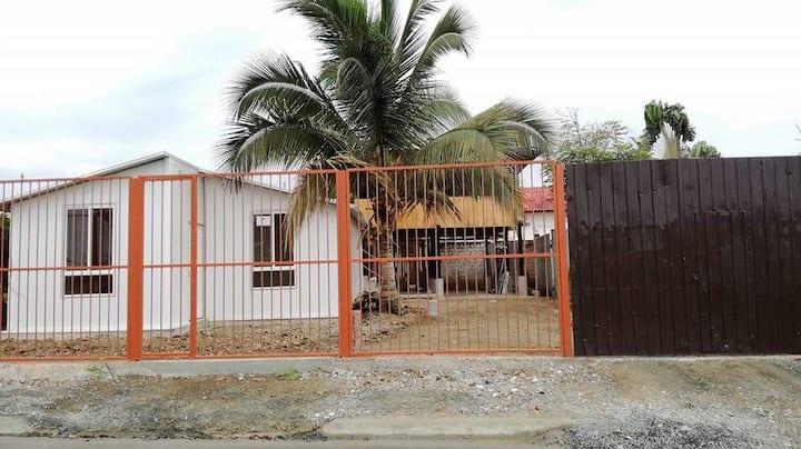 Casa San Vicente Manabí