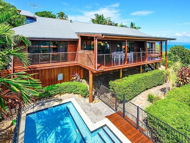 Whitsunday Views 1 - Free Standing villa with pool