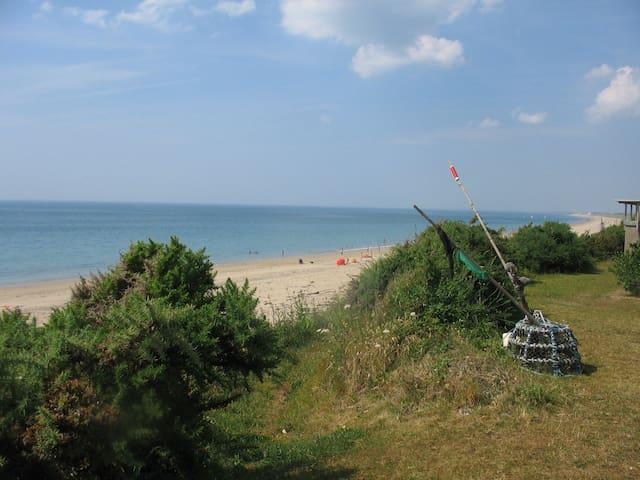 Appartement tout au bord de la mer - Donville-les-Bains - Flat