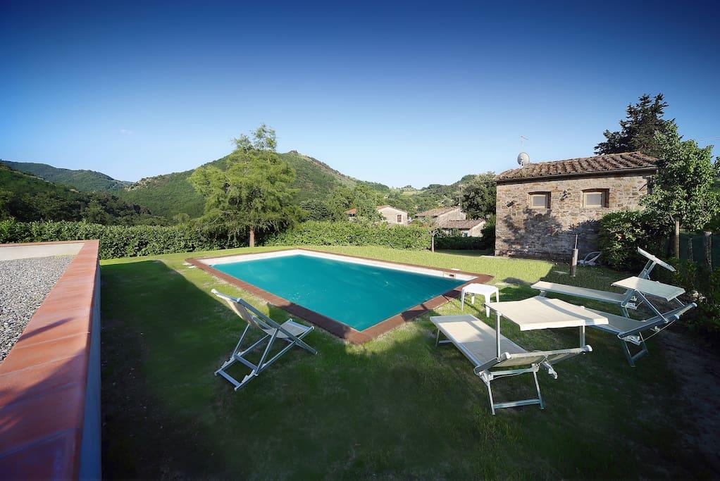 Casa patrizia la piccola fattoria case in affitto a borgo a mozzano toscana italia - Campo estivo bagno elena ...