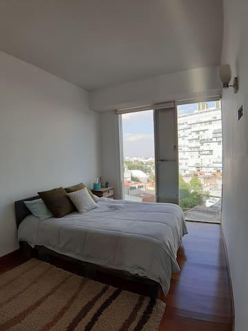 Puerta Coyoacán, habitación privada/ private room