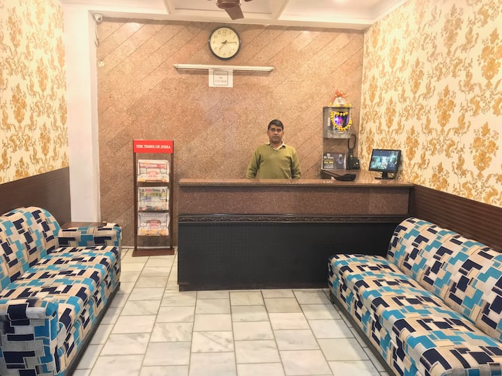 Hotel Royal @ Karol BaghMetro Station