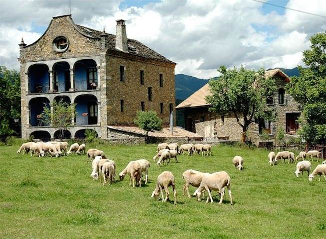 Casa Arana - Ordesa National Park - Albella, Fiscal - Talo