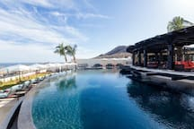 The Copala clubhouse has 2 pools, a hot tub, bar/restaurant, convenience store and gym.