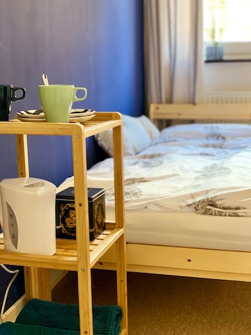 Cozy Room near Düsseldorf Fair, Airport & Downtown