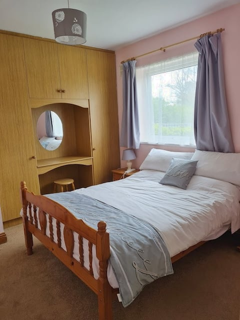 Charming Comfy House in Riverchapel near Courtown.