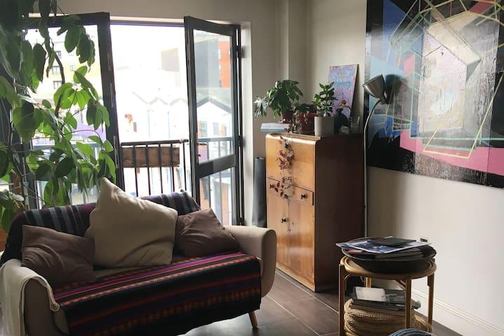 Double room in prime London Fields location