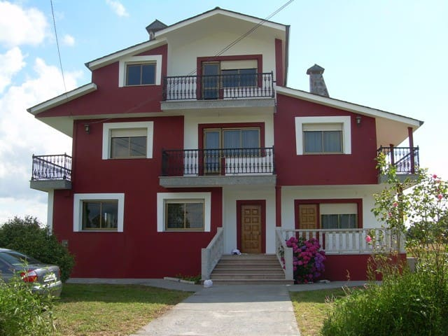 House - 10 km from the beach - Vilalba - House