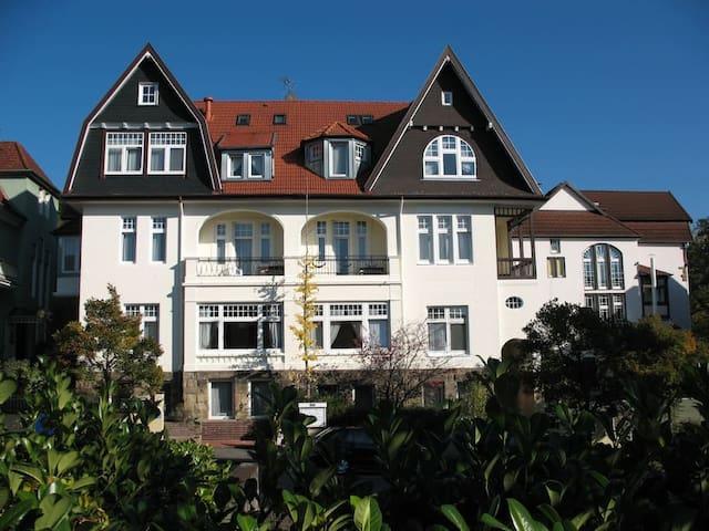 Kurvilla Fürstin Pauline - Doppelzimmer mit Bad 2