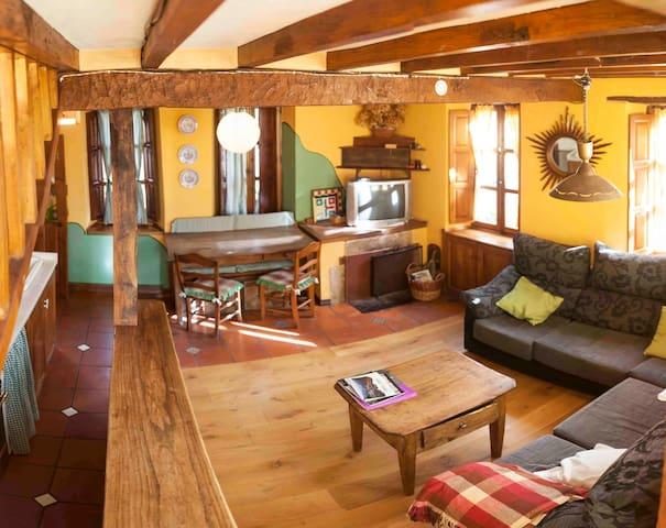Apartamento rural en Picos de Europa. - Perrozo - Lägenhet