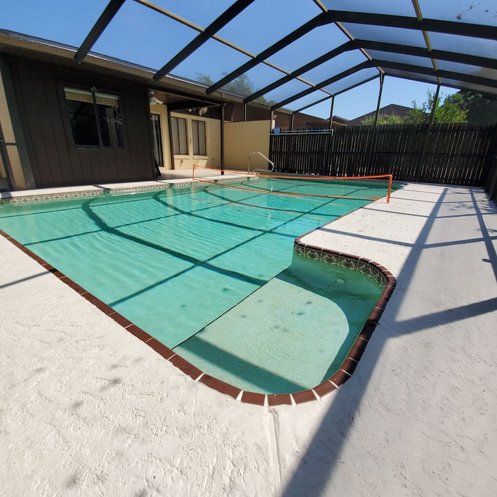 Private 3 Bed Pool Home! The coffee is FREE ☆☆☆☆☆