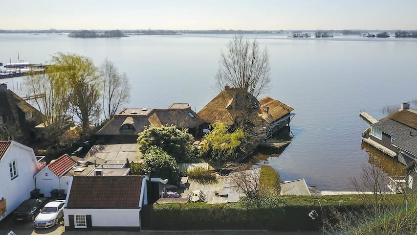 Beautiful waterfront house nearby Amsterdam - Loosdrecht - Hus