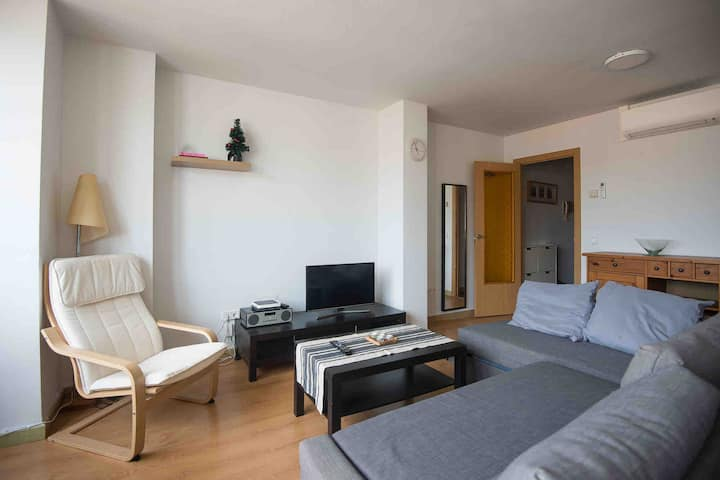 La Rambla apartment 100m from Beach