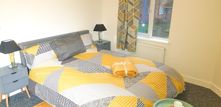 Fresh King-size room,  for student or professional