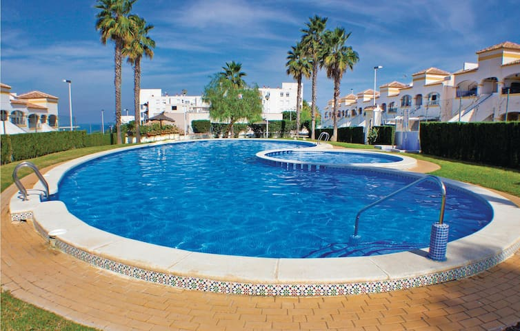 Terraced house with 2 bedrooms on 45m² in Gran Alacant