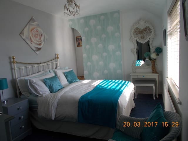 Sea-cret Summers, 2 bed,sleeps six, great location - Poole - Pis