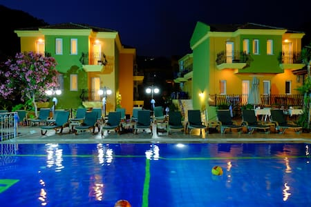 Hotel imparator ölüdeniz - Fethiye - Bed & Breakfast