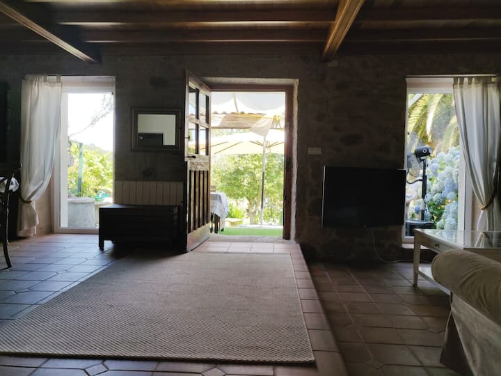 Nice 4 Bedrooms House in  Galicia with Wifi