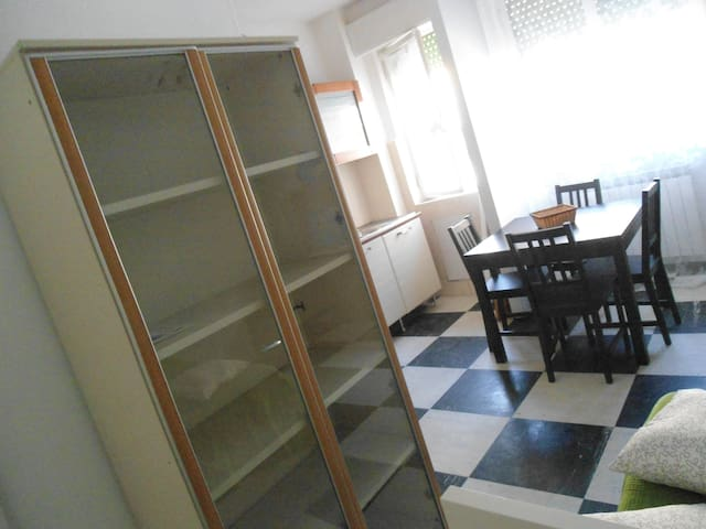 app gradevole per ospiti dal mondo - Rapallo - Apartemen