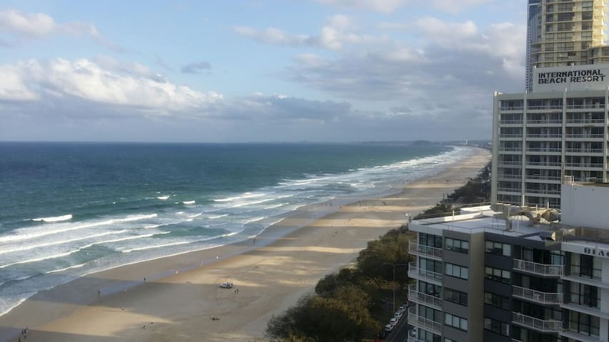 Amazing ocean view - Surfers Paradise