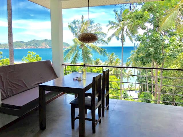 Beach Suite seaview apartment 10