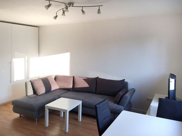 Nice apartment in München-Bogenhausen - Munich - Appartement
