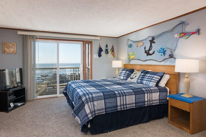 Sand Dollar-Oceanfront balcony, kitchen, fireplace