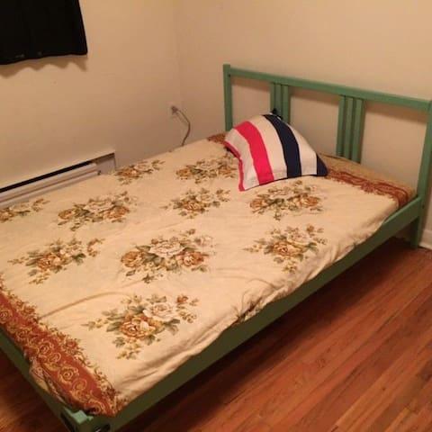 1 bedroom close Lake Ontario Humber College