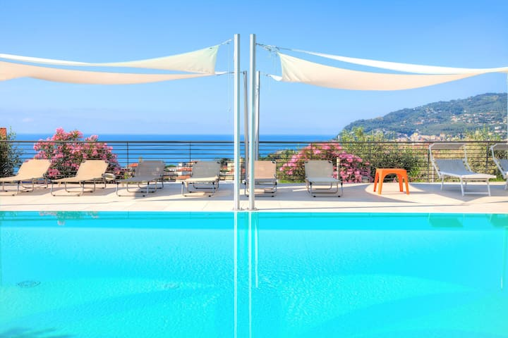 ViP Panorama 2 - apartment in modern Hi-Tech villa, with Jacuzzi and pool, sea-view 8027LT0004