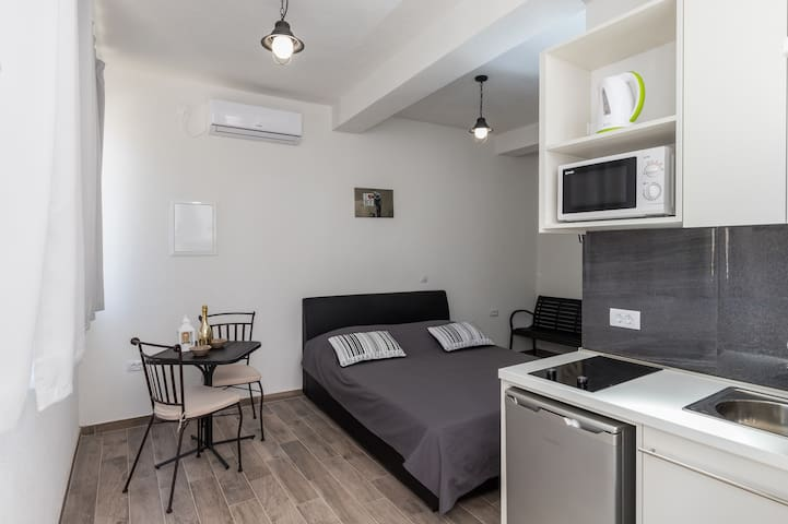 Apartments Life - Studio Apartment with City View