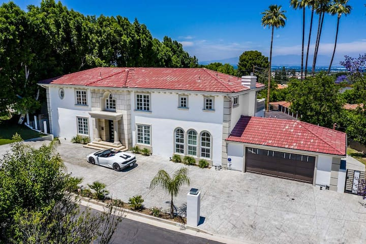 Majestic Mansion Perfect For Film & Events
