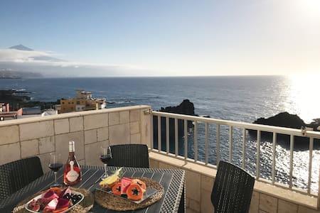 WONDERFUL Sea Views El Pris