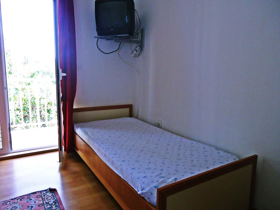 Other single bed