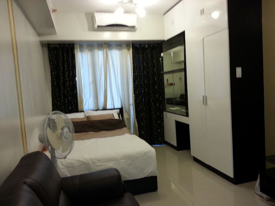 Studio unit at the Mall of Asia Complex